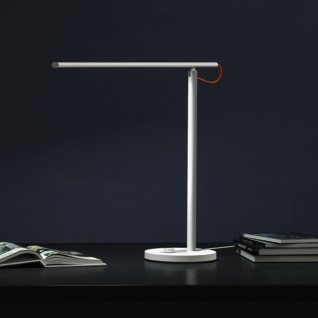 Светодиодная лампа Xiaomi Mi Smart LED 1S