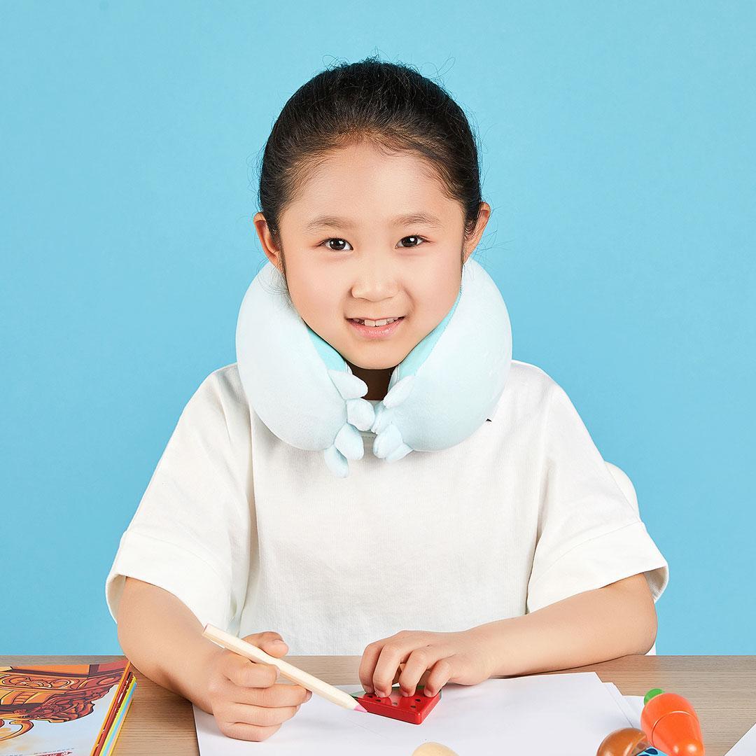 Детская подушка подголовник Xiaobao Travel pillow